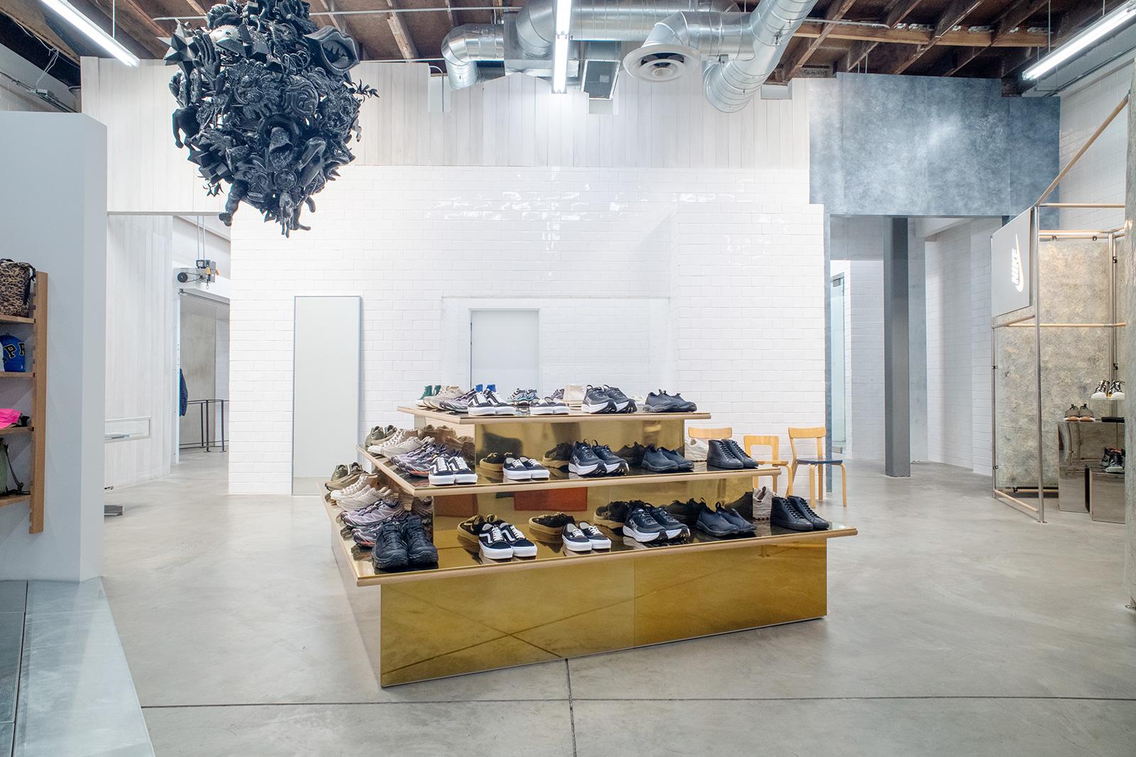DSM Sneaker Space